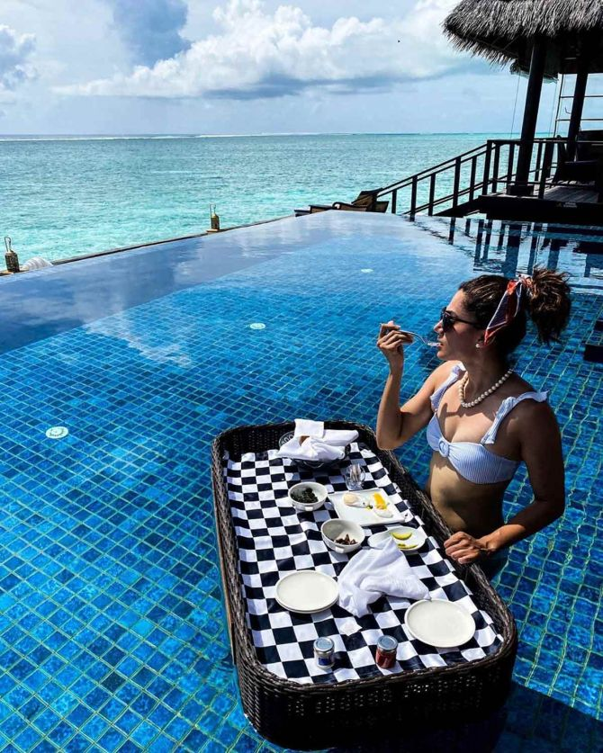 TAPSEE PANNU IN MALDIVES